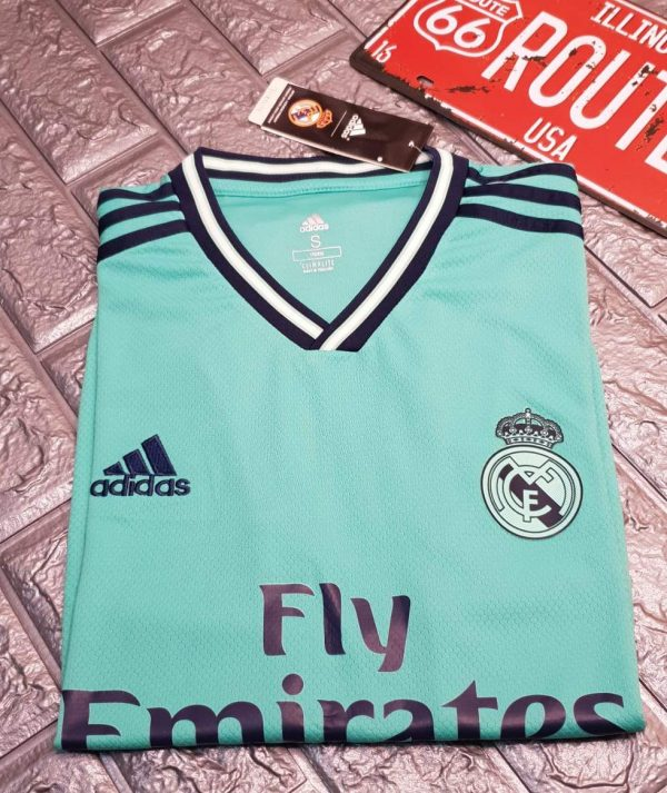 real madrid tercera equipacion